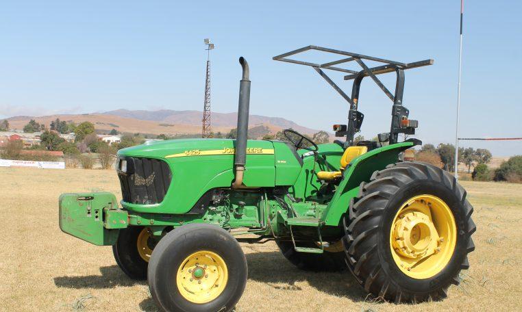John Deere 5425 2WD 2009